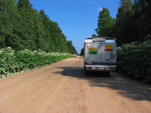 Reisemobil auf den Straßen Russlands