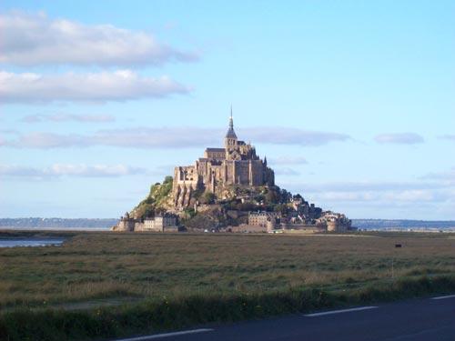 vom Landesinneren kilometerweit zu erkennen. Der Mt.St.Michel
