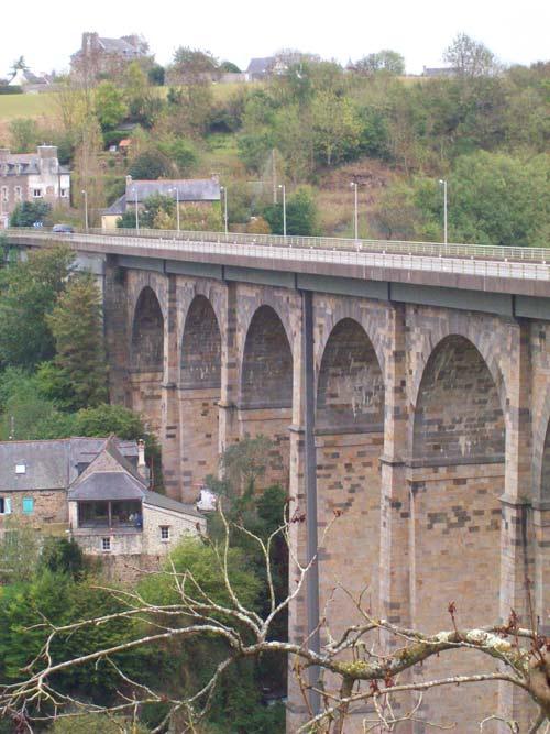 Viaduct über die Rance