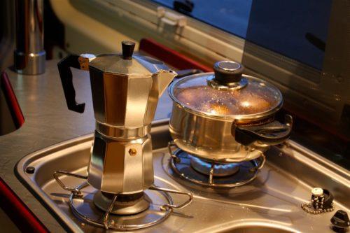 OK, ganz leicht gefaked, die Premiere der italienischen Espressokanne gibt es erst morgen früh.