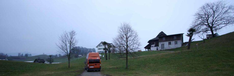 Vom Alpentower durch den Hochnebel des Grauens zur Rigi