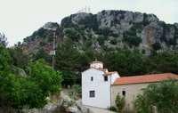 Klosteranlage am Fuß des Berges Zalongo