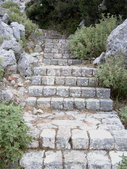 Treppe zum Kloster