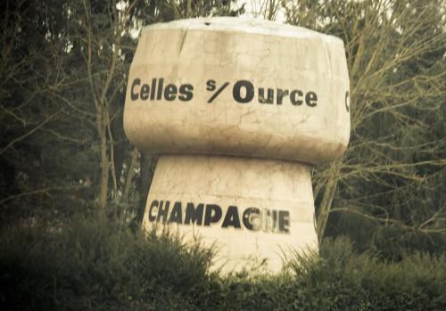 """1er á la gauche, hier geht es endlich los mit der """"richtigen""""Champagne."""