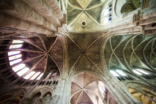 Blick in das Kreuzgewölne von Notre-Dame