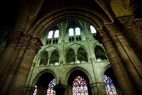 In Notre-Dame en Vaux: über den Seitenschiffen noch Säulengänge. Da wäre ich gerne hochgeklettert …