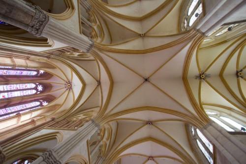 Achtung, jetzt kommt schon wieder Gotik: Kreuzgewölbe, restauriert