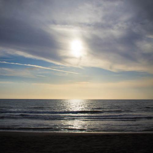 """""""Unser"""" Strand beim Stellplatz. Theoretisch hätte man bis hinter die Dünen fahren können, aber das hat Pösslchen sich dann doch nicht getraut."""
