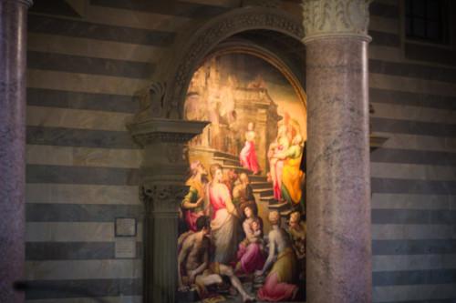 Im Dom von Volterra.