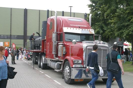 mobiler Grill an Ami-Truck