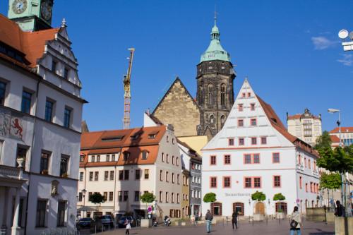 Marktplatz in Pirna mit Rathaus