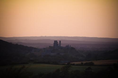 Sonnenuntergang über Corfe Castle