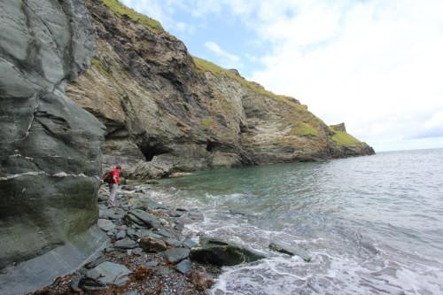 Unterhalb Tintagel Castle am Meer