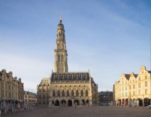 Belfried (Beffrois) von Arras.