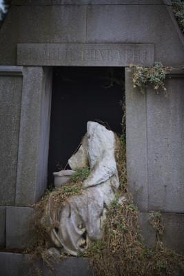 """Auch der """"neue"""" Friedhof ist teilweise schon ziemlich alt."""