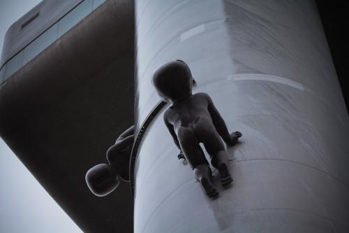 nackte Baby-Aliens?