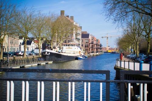 Vlaardingen ist eine kleine holländische Bilderbuchstadt.