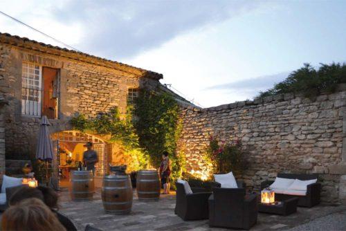 Abends im Mas de la Rivoire, die Unterkunft