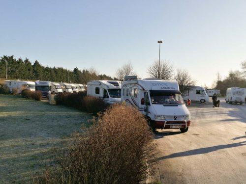 Normandie Wohnmobilstellplatz in Le Treport, voll