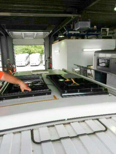 Solarpanels Aufstelldach – Montage