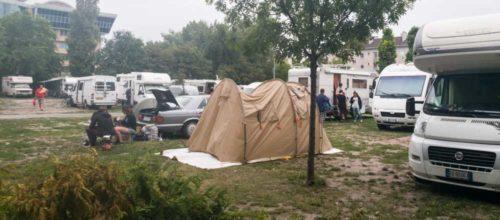 Diesiges Morgenlicht auf dem Haller Camping in Budapest