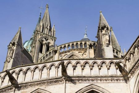 Reste von Sonne in Bayeux und eine spontane Planänderung