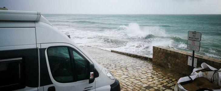 Atlantikküste im Wohnmobil: ein Wechselbad der Gefühle