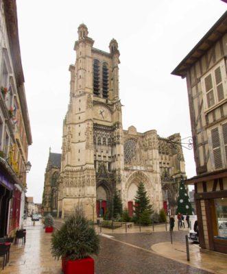 wohnmobil troyes Kathedrale